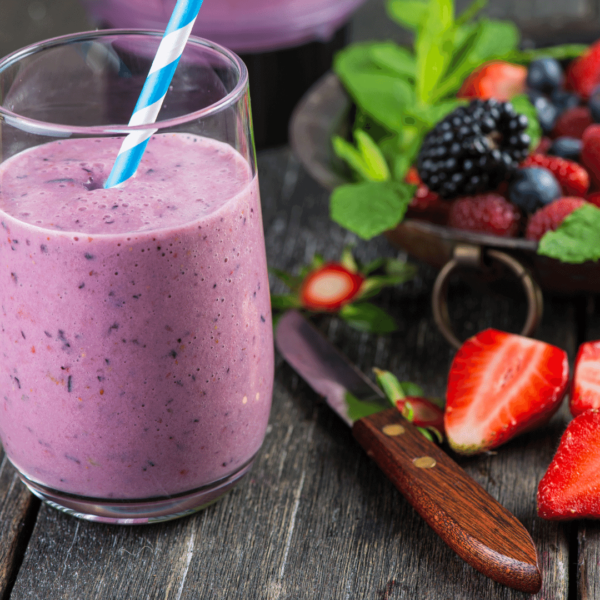berry and protein smoothie