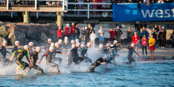 swimmimg race